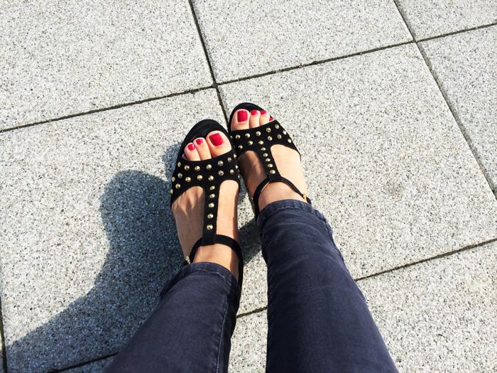 high heels seaside glamour
